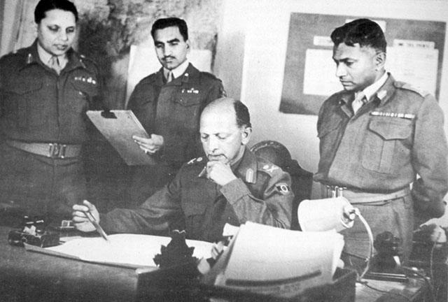 कैसे भारतीय सेना की कमान ब्रिटिश हाथों में जाने से बच गई – Nehru , Lt.Gen Nathu Singh Rathod and Gen Cariappa Untold Story