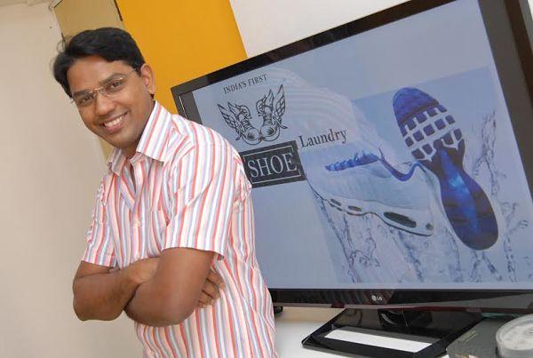 इंजीनियरिंग के बाद शुरू की शू पॉलिश – Innovative Business Idea (Hindi Story of Sandeep Gajakas)